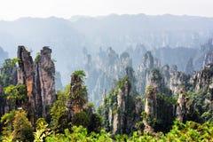 Vista scenica delle colonne dell'arenaria del quarzo (montagne dell'avatar fotografia stock