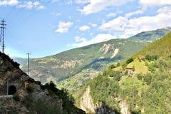 Vista scenica delle montagne svizzere Fotografie Stock Libere da Diritti