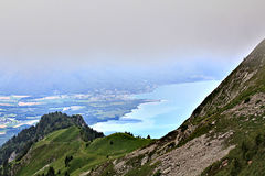 Vista scenica delle montagne svizzere Immagine Stock Libera da Diritti