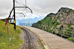 Vista scenica delle montagne svizzere Fotografia Stock