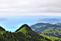 Vista scenica delle montagne svizzere Fotografie Stock