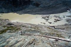 Vista scenica di funicolare al ghiacciaio di Grossglockner Fotografia Stock