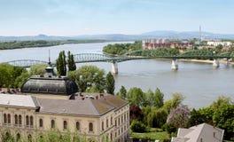 Vista scenica di un fiume dell'Ungheria Immagine Stock