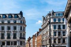 Vista scenica di vecchie costruzioni di lusso in Regent Street fotografie stock