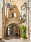 Vista scenica in Giovinazzo, provincia di Bari, Puglia, Italia del sud immagini stock libere da diritti
