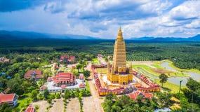vista scenica il più alta pagoda dorata in Tailandia Fotografia Stock
