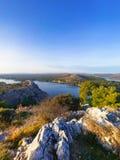 Vista scenica sul canale del mare Fotografie Stock