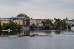 Vista scenica sul ponte sopra il fiume Immagine Stock Libera da Diritti