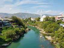 Vista senza parole dal vecchio ponte, Mostar, Bosnia&Herzegovina Immagini Stock