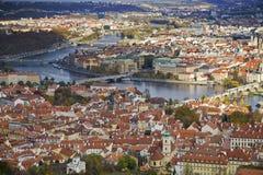 Vista sobre à ponte de Charles, Praga fotografia de stock