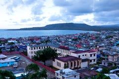 Vista sobre a baía de Baracoa/Cuba Foto de Stock