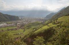 Vista sobre Bolzano, Itália imagem de stock royalty free