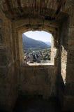 Vista sobre Briançon visto de la fortaleza, montan@as francesas Foto de archivo