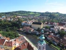 Vista sobre o ½ Krumlov - Krumau de ÄŒeskÃ, República Checa fotografia de stock royalty free