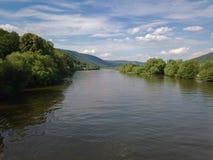 Vista sobre o cano principal de rio em Miltenberg fotos de stock royalty free