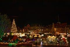 Vista sobre o mercado do Natal em Erfurt foto de stock royalty free