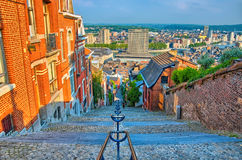 A vista sobre o montagne de beuren a escadaria com as casas do tijolo vermelho em L Imagens de Stock Royalty Free