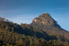 Vista sobre o pico do Adam da montanha no nascer do sol, Dalhousie Fotos de Stock