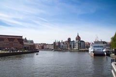 Vista sobre o rio de Motlawa, Gdansk foto de stock