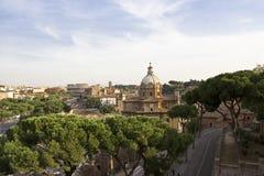 Vista sobre Roma ao Colosseum foto de stock