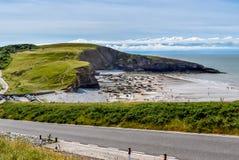 Vista sobre Southerndown, litoral de Glamorgan fotografia de stock royalty free