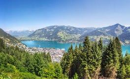 A vista sobre Zell am considera, Áustria Fotos de Stock Royalty Free