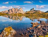 Vista soleggiata di estate della catena montuosa di Piana Fotografia Stock Libera da Diritti