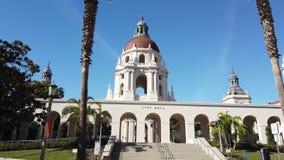 Vista soleggiata di moto di mattina di bello comune di Pasadena a Los Angeles, California archivi video