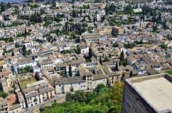Vista sopra dalla vecchia città di Granada Immagini Stock