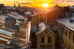 Vista sopra i tetti del centro storico di St Petersburg, Russia Fotografia Stock Libera da Diritti