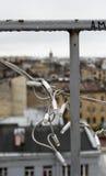 Vista sopra i tetti della città Immagine Stock