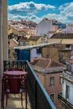 Vista sopra i tetti di Lisbona Immagini Stock Libere da Diritti