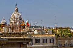 Vista sopra i tetti di Roma fotografia stock libera da diritti