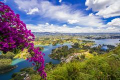 Vista sopra il bacino idrico di Guatepe, Antioquia, Colombia Fotografia Stock