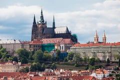 Vista sopra il castello di Praga Fotografia Stock Libera da Diritti