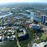Vista sopra il fiume di Nerang ed il paradiso dei surfisti nel Queensland Fotografie Stock