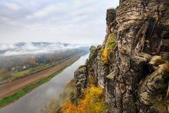 Vista sopra il fiume Elba Fotografia Stock Libera da Diritti