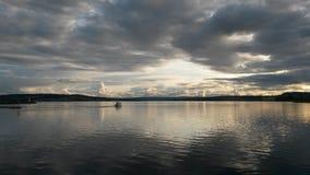 Vista sopra il lago da Hamar in Norvegia Fotografie Stock