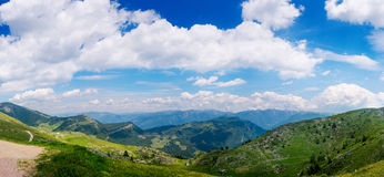 Vista sopra il rda del lago GA, alpi italiane Immagine Stock