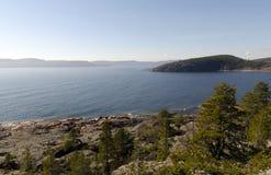 Vista sopra l'alta costa Fotografia Stock Libera da Diritti