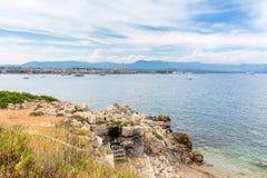 Vista sopra la baia dal d& x27 del cappuccio; Antibes, Antibes Fotografie Stock Libere da Diritti