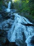 Vista sopra la cascata alta Immagini Stock