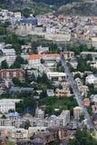 Vista sopra la città murata Briancon in valle di Hautes-Alpes, Francia Fotografia Stock