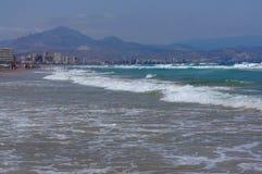 Vista sopra la località di soggiorno di Alicante Immagine Stock