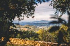 Vista sopra la Toscana in autunno fotografia stock libera da diritti