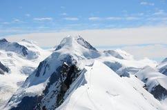Vista sopra le alpi dalla sommità di Breithorn, Zermatt, Svizzera Immagini Stock