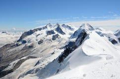 Vista sopra le alpi dalla sommità di Breithorn, Zermatt, Svizzera Immagine Stock Libera da Diritti