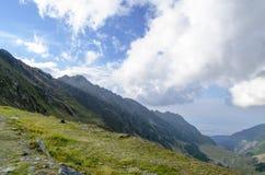 Vista sopra le montagne di Fagaras Fotografia Stock Libera da Diritti