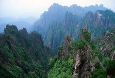 Vista sopra le montagne gialle Fotografia Stock Libera da Diritti