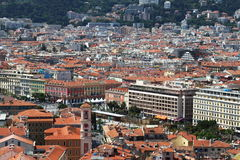 Vista sopra passeggiata du Paillon in Nizza, Francia Immagine Stock